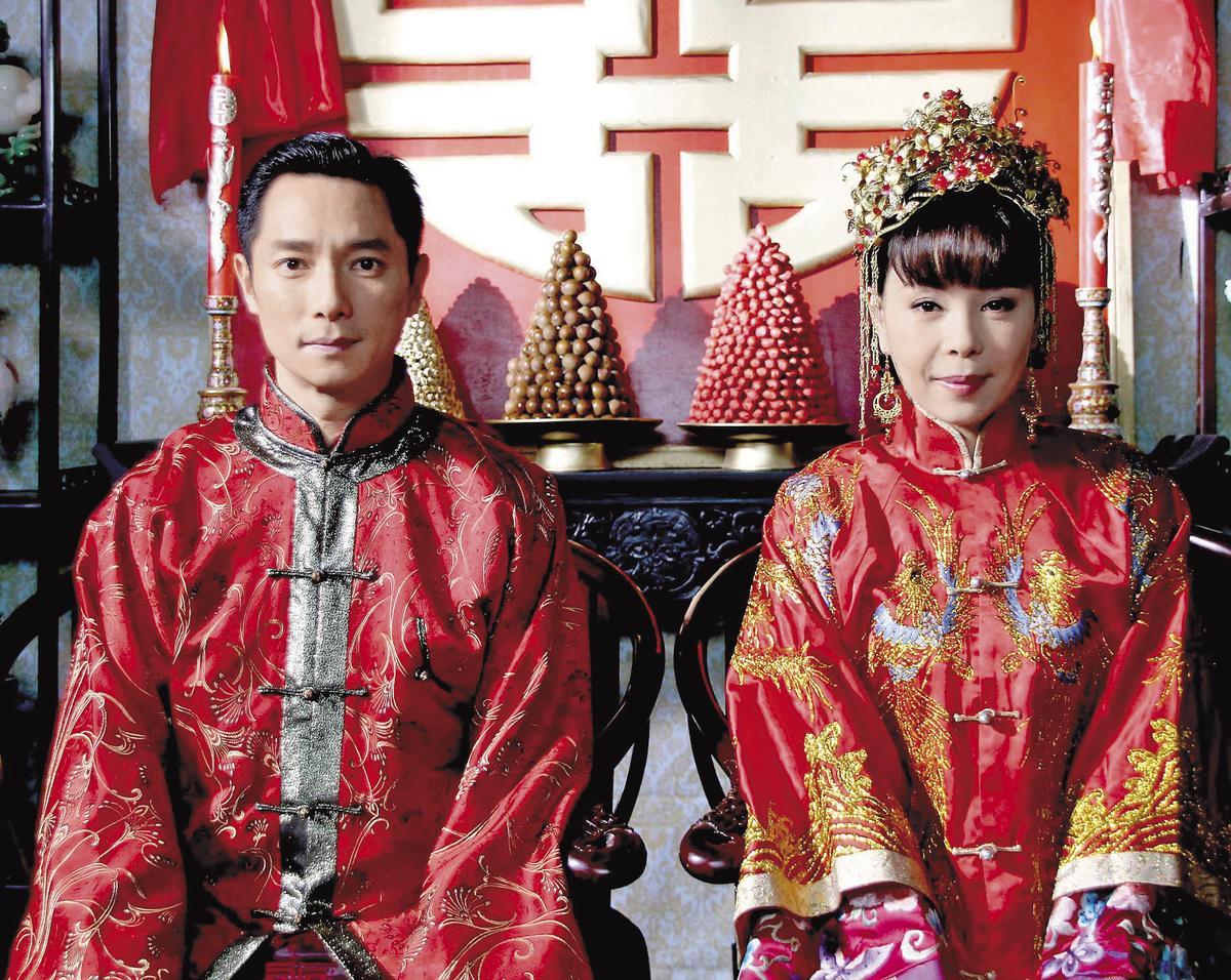 謝祖武之前都在中國演戲,在《鎖夢樓》裡曾跟江淑娜演夫妻,還有被她大呼巴掌的戲碼。(華視提供)