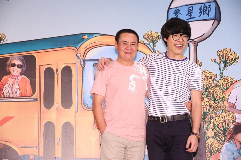 盧廣仲(右)稱這次拍戲經驗很好玩,前輩蔡振南的好演技會引領他投入角色中。