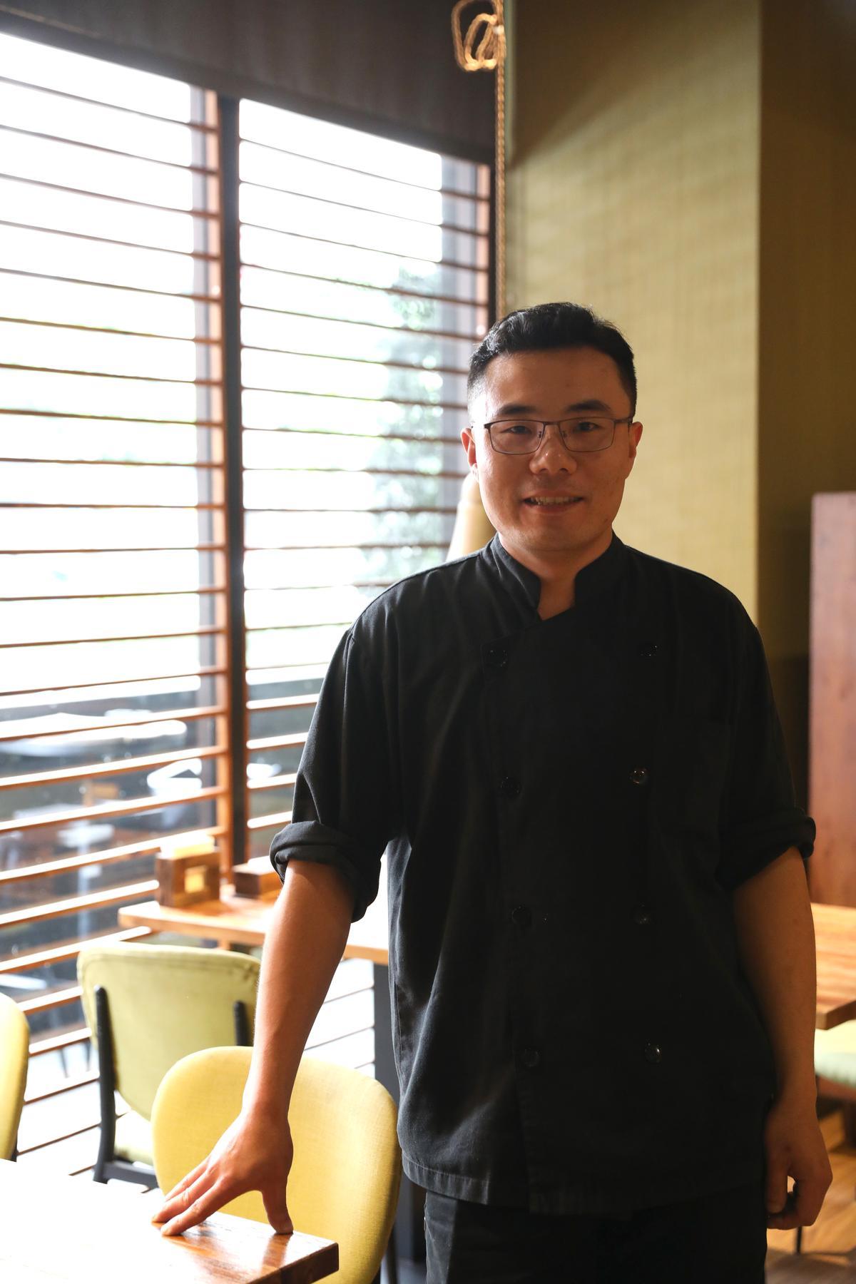 小川主廚付連康很瞭解台灣人口味,但也努力把正宗新派川菜質感帶進台灣。