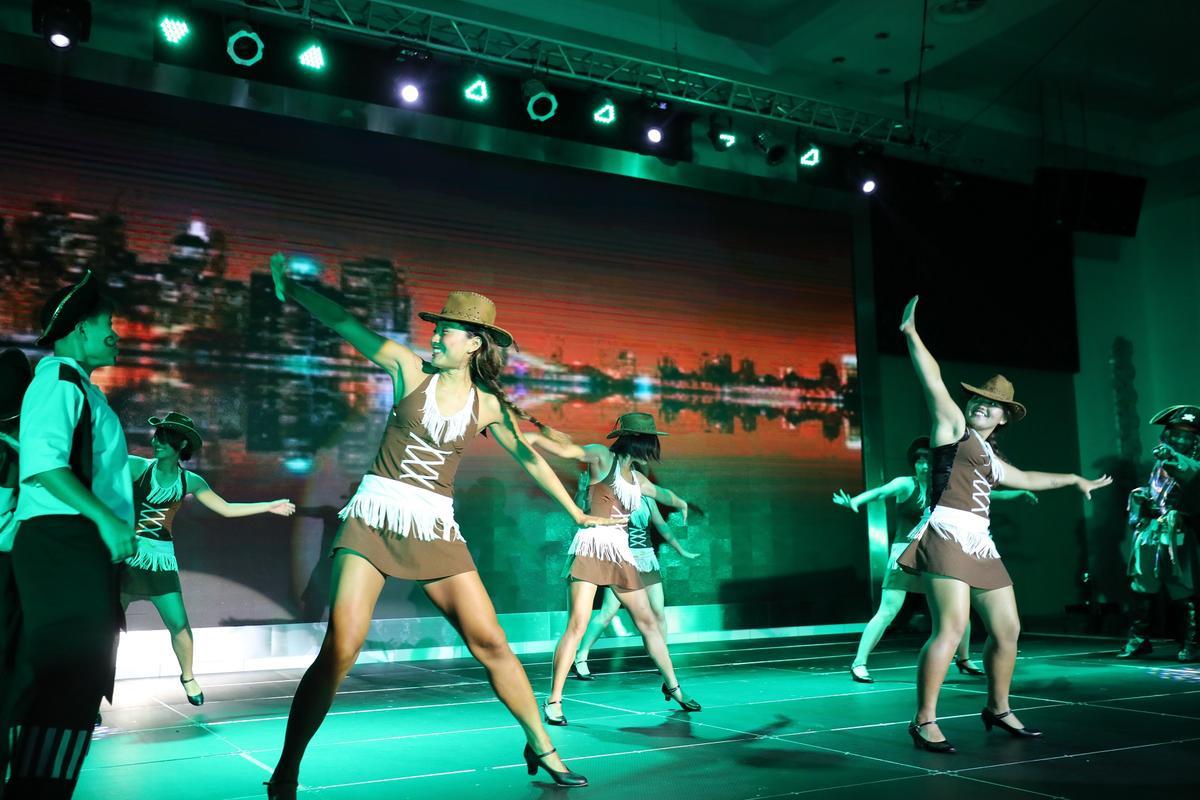 Club Med獨具特色的主題娛樂秀,都是由村內G.O們粉墨登場。