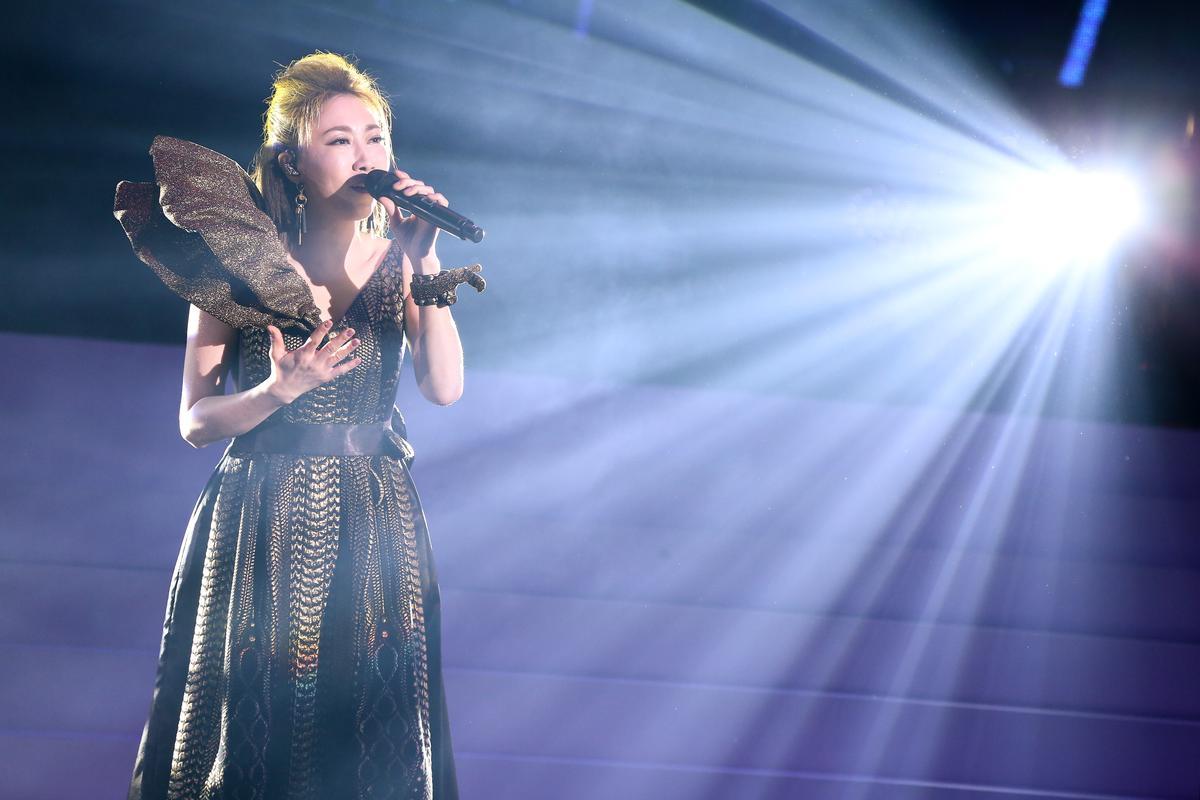 李翊君這次演唱會總共獻唱35首經典歌曲。