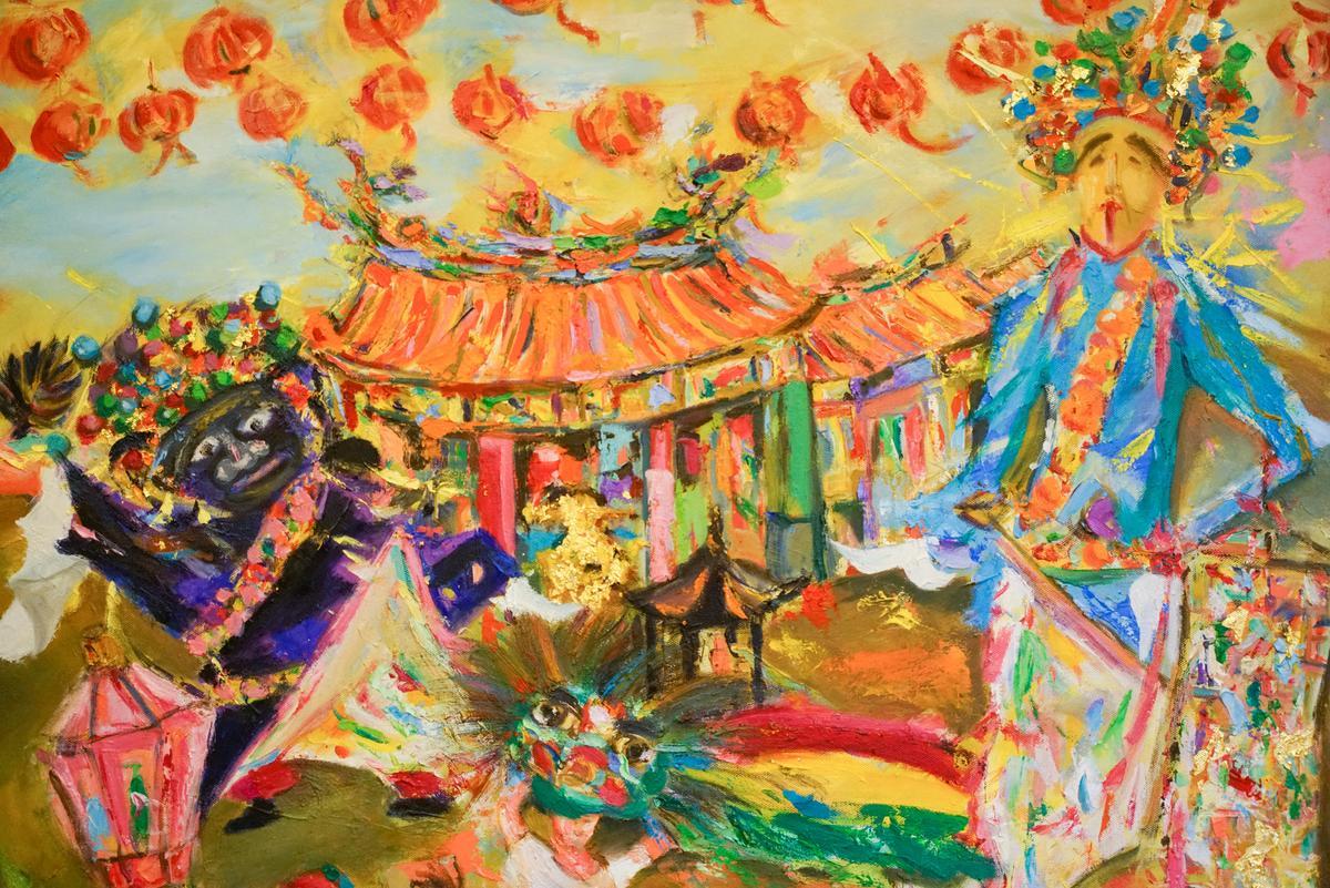 就住在城隍廟前的施正文,畫出昔日「迎城隍」的熱鬧場面。