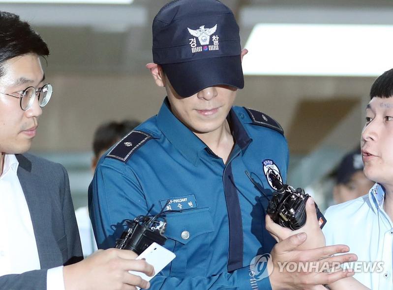BIGBANG成員T.O.P驚傳服藥過量昏迷入院,目前在ICU(加護病房)接受觀察治療。(網路圖片)