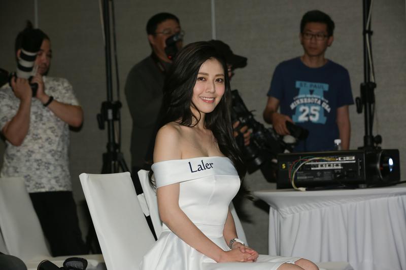 代言瘦身產品,韓瑜稱靠吃燙青菜及水煮肉瘦了6公斤。
