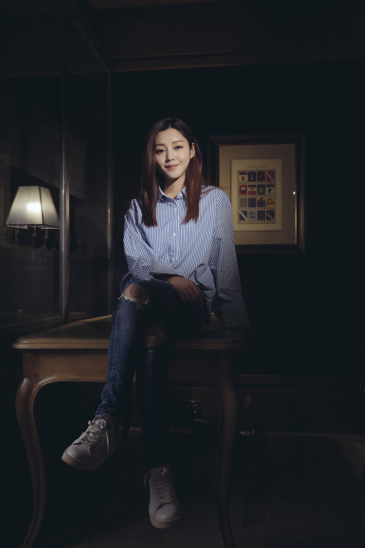 衛詩雅在《失眠》中飾演雙胞胎,特別準備專屬她們的筆記本,隨時記錄角色情緒。