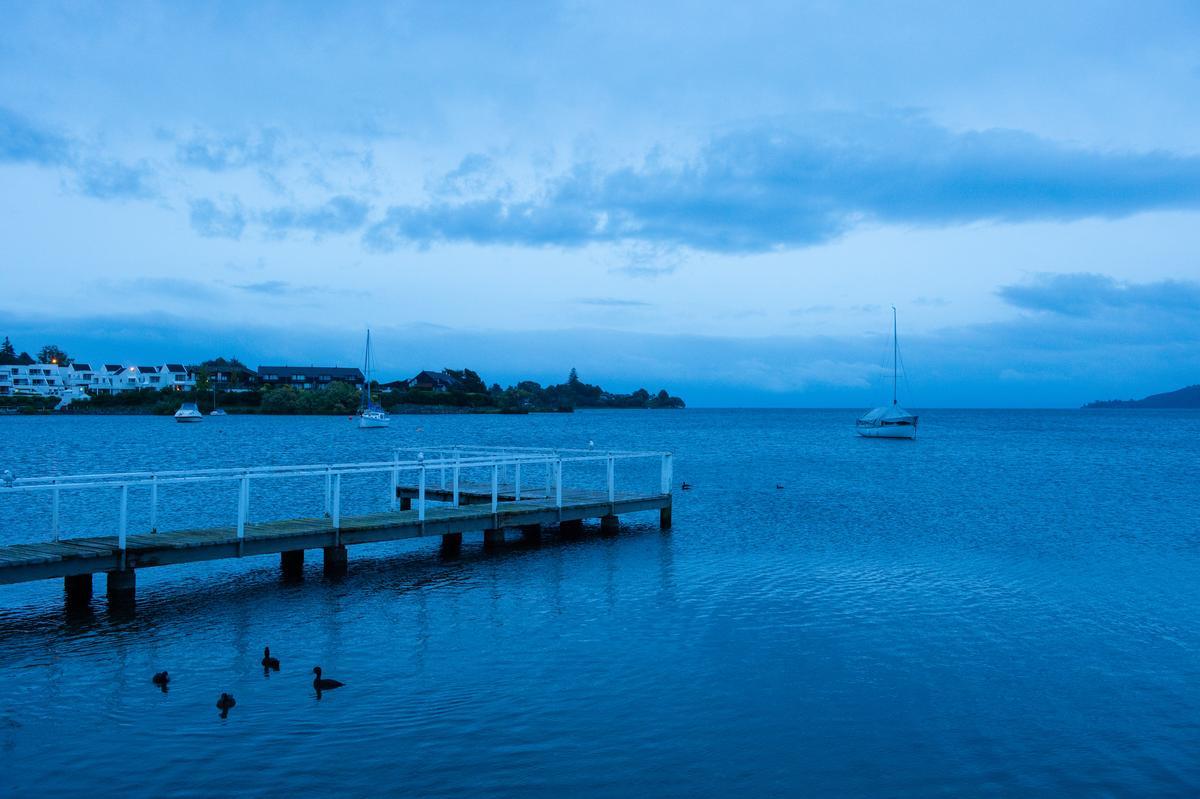 陶波湖是紐西蘭最大的火口湖。