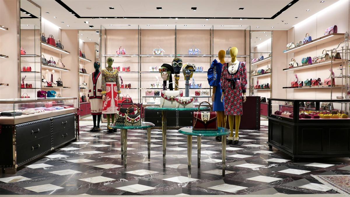 GUCCI全台首間全新女性商品概念店占地65坪。