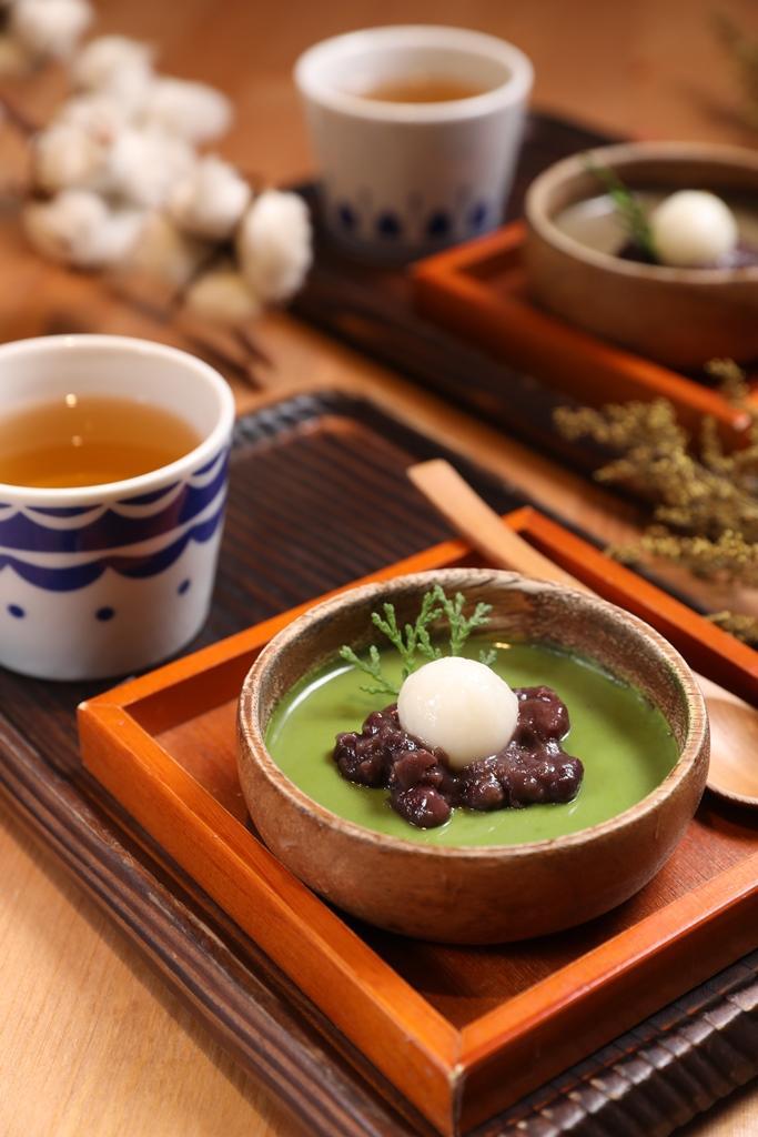 「善哉布丁」有兩種口味,抹茶清新微苦,焙茶則帶溫潤茶香。(皆為80元/份)
