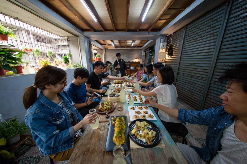 市場裡的餐桌計劃,在新竹東門市場裡品嘗在地美食。