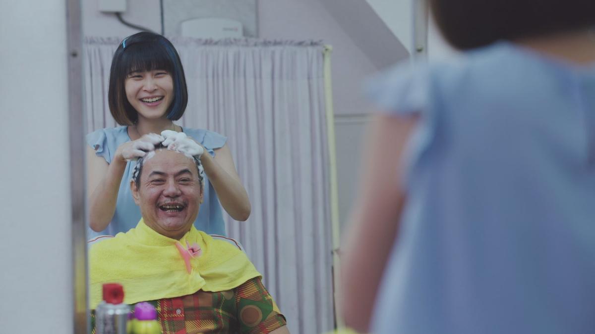 喜劇有綱無本,蔡振南在做,後輩江宜蓉沒忘了偷學。