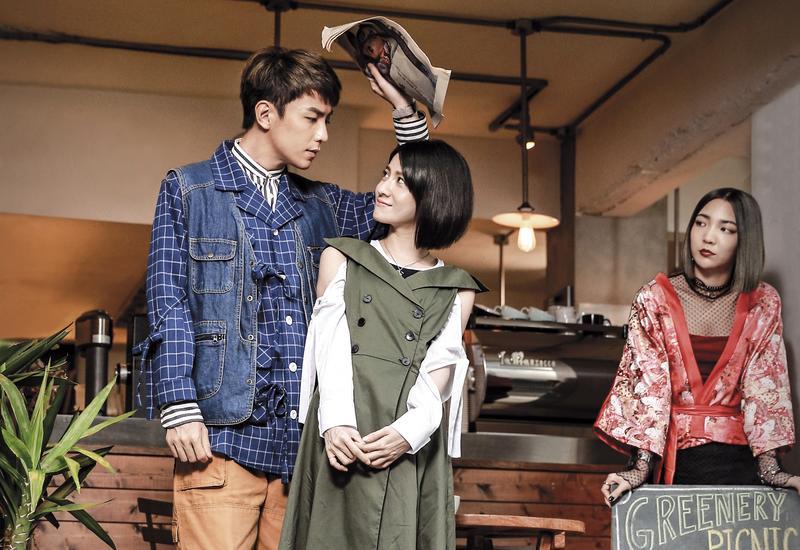 由森竣(左起)、連俞涵、高雋雅主演的《富錦街-這條街上的那些故事》,為酷瞧推出的首部原創自製戲劇。(酷瞧提供)