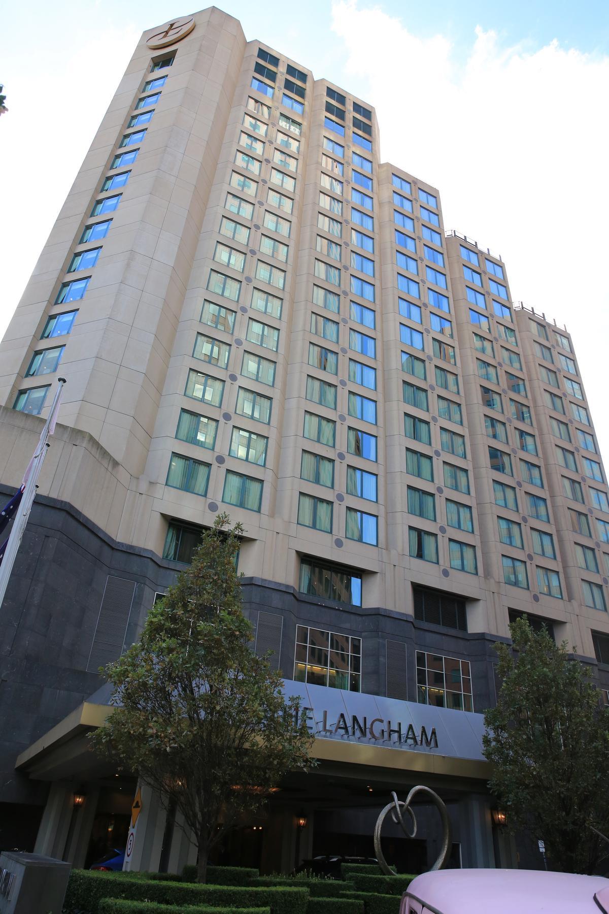 墨爾本的「朗廷酒店」,在當地算是老牌旅館,以交通便利著稱。