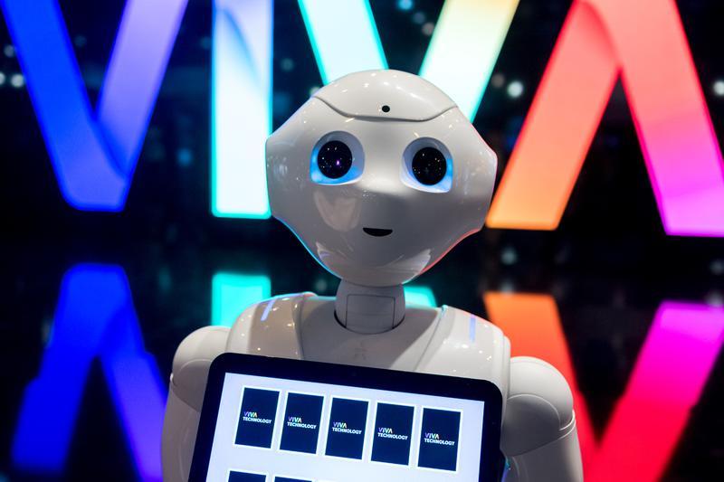 2017年6月15日,法國巴黎Viva科技展現場展示的機器人。(東方IC)