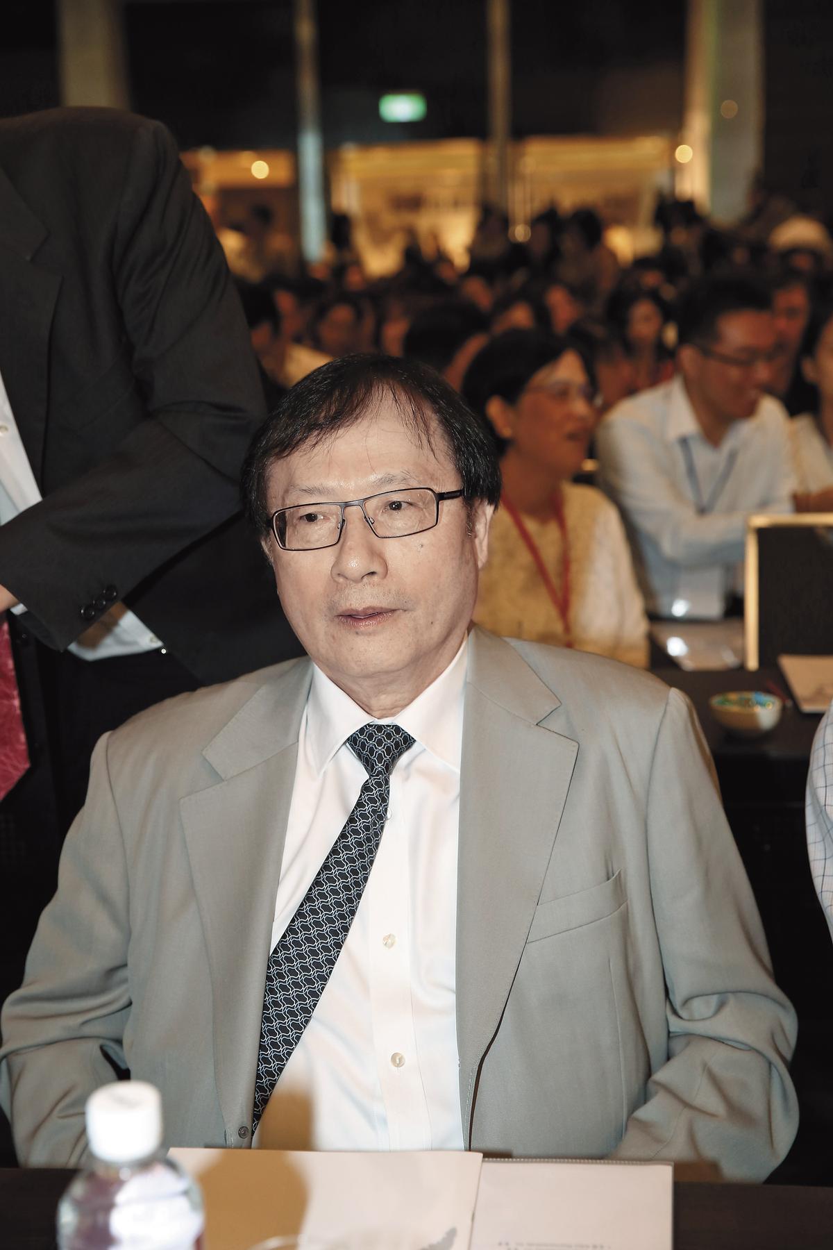 宇昌案當事人之一、中研院院士陳良博3月重砲批評蔡政府後,引起總統府高層為之震動。