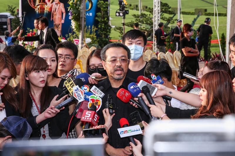 謝順福和謝金晶及謝佑昀在喪禮結束後受訪,表示一切圓滿。