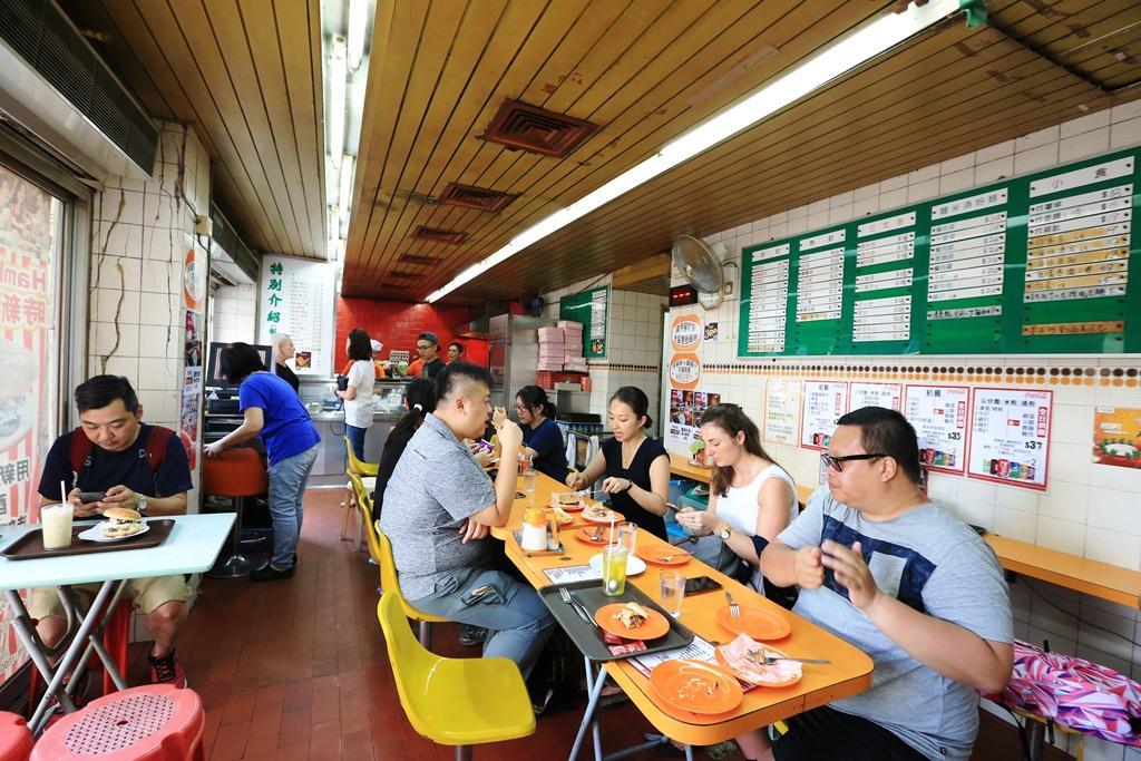 「時新快餐店」的用餐空間,有種歷久彌新的魅力。
