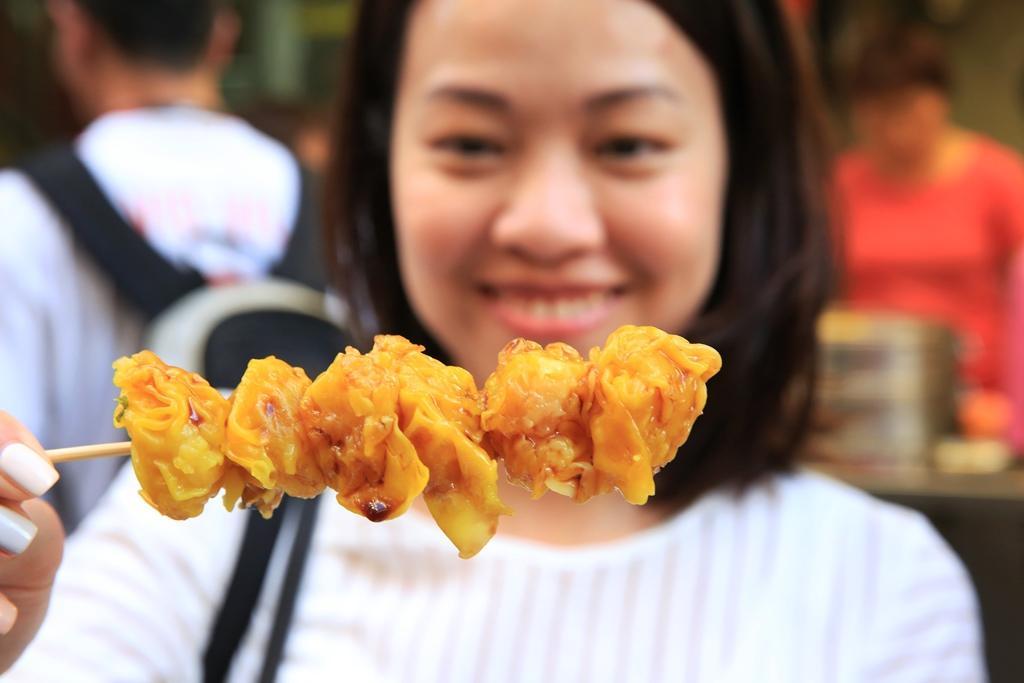 個頭碩大的燒賣,很受食客歡迎。