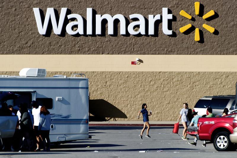 沃爾瑪宣布今年要替時薪員工加薪。