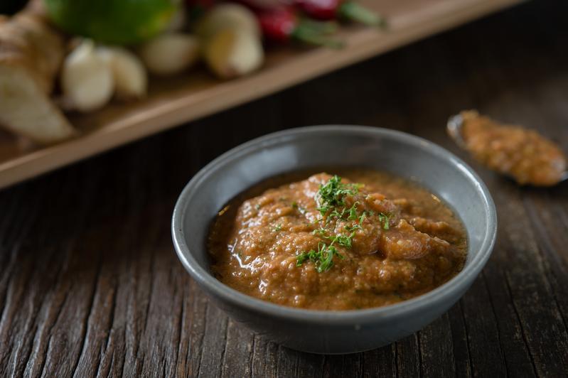 混入朝天椒的辣味莎莎醬,比原版更適合用於中式料理。