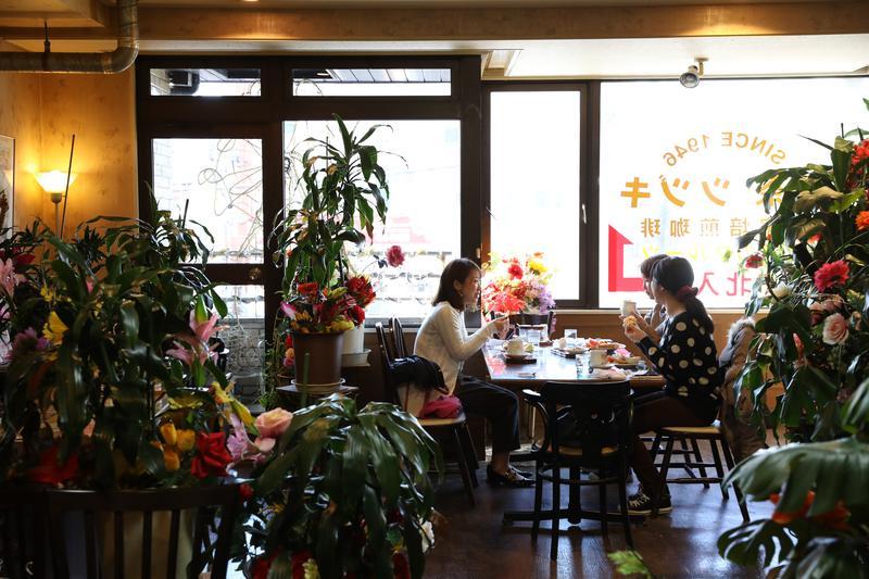 名古屋特殊的「買咖啡送早餐」文化,就算你是睡美人,也要趕快醒過來去吃早餐。