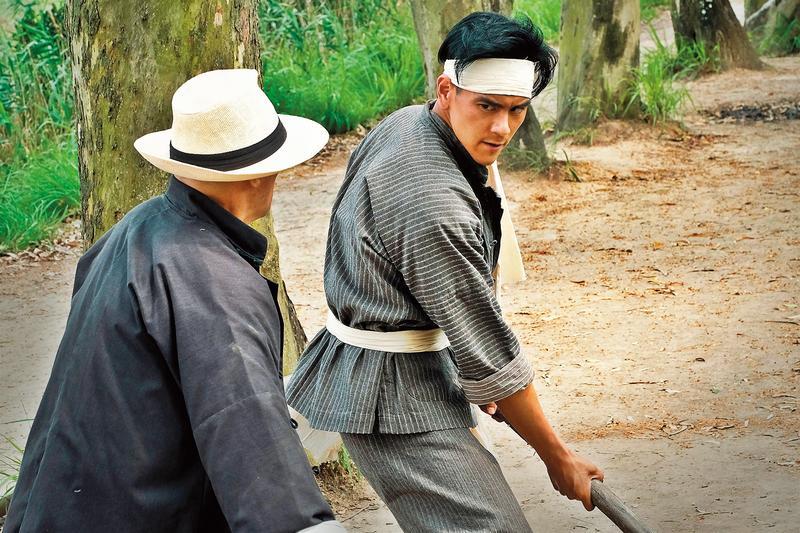 《明月幾時有》描述40年代香港游擊隊抗日故事,彭于晏飾演的神槍手功夫了得,營救不少港、九的文人,助他們撤離香港。(双喜提供)