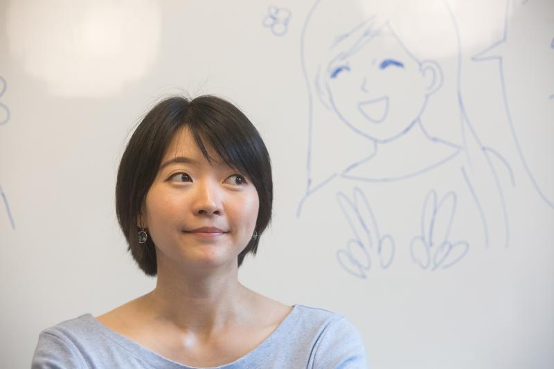Tina畫出人在感情裡的荒謬無理,卻又如此貼近真實。