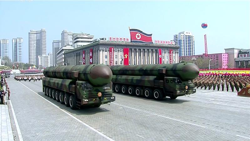 今年太陽節閱兵時,北韓所展示的疑似洲際飛彈,就讓專家表示心驚,稱之為「怪物飛彈」。