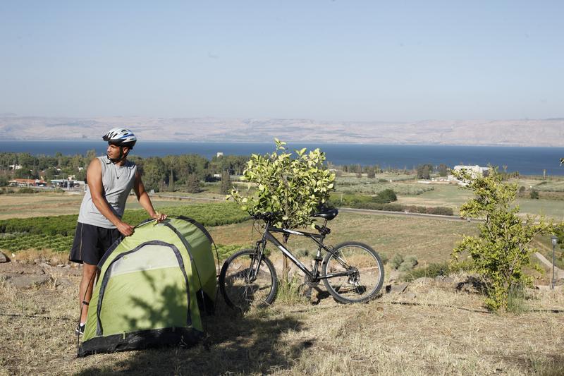 6歲以來就無緣進入以色列的阿里,沒想過有天終於能偷偷嚐一口隔離牆外的自由,親身造訪Sea of Galilee及戈蘭高地。