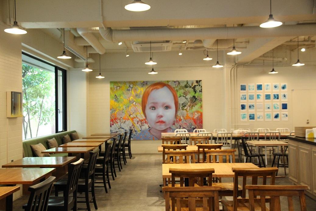 早餐餐廳空間,是以前的學生食堂位置。
