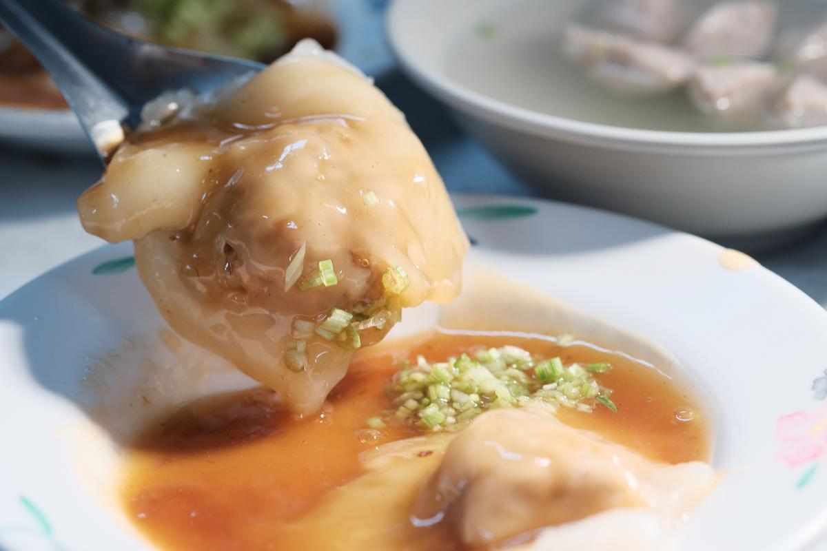 邵昕認為,肉圓王的味道有點像五香乖乖。