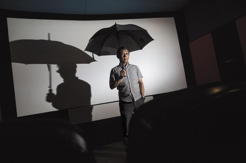 陳柏偉國中時也像林奕含小說《房思琪的初戀樂園》的主角一樣,被老師性侵。