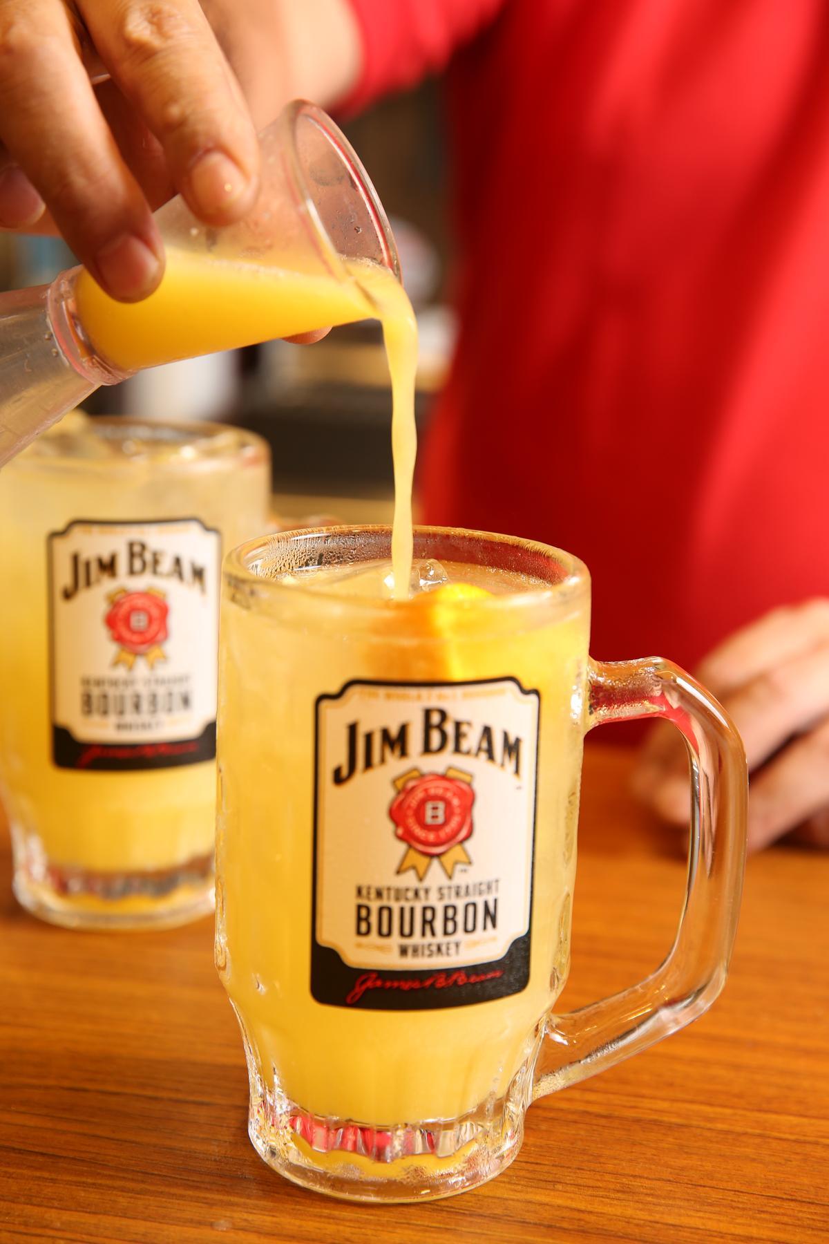 「Highball」加入柳橙汁,可讓酒氣更淡。