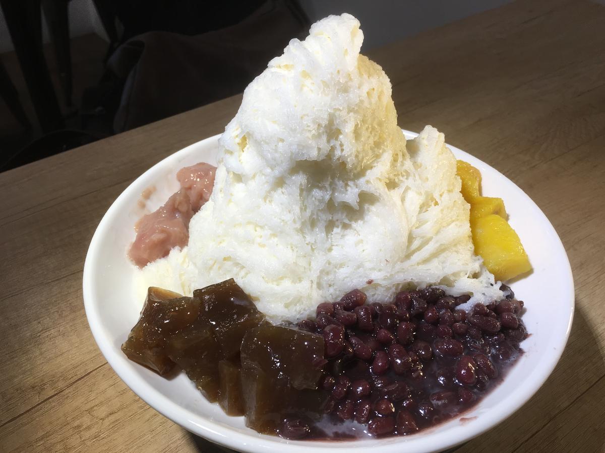 「豆漿雪冰」口感綿密、豆香濃郁,味道不會過甜,可選搭4種配料。(65元/份)