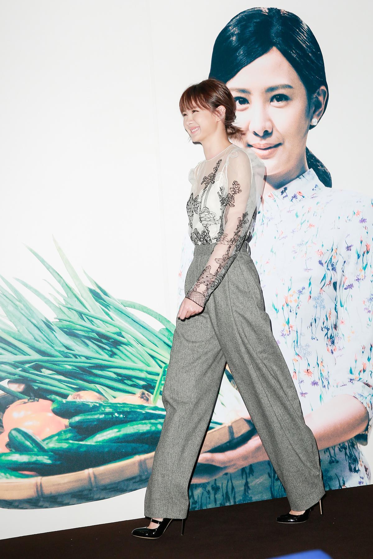 安心亞主演的戲接檔《花甲男孩轉大人》,她稱壓力很大。