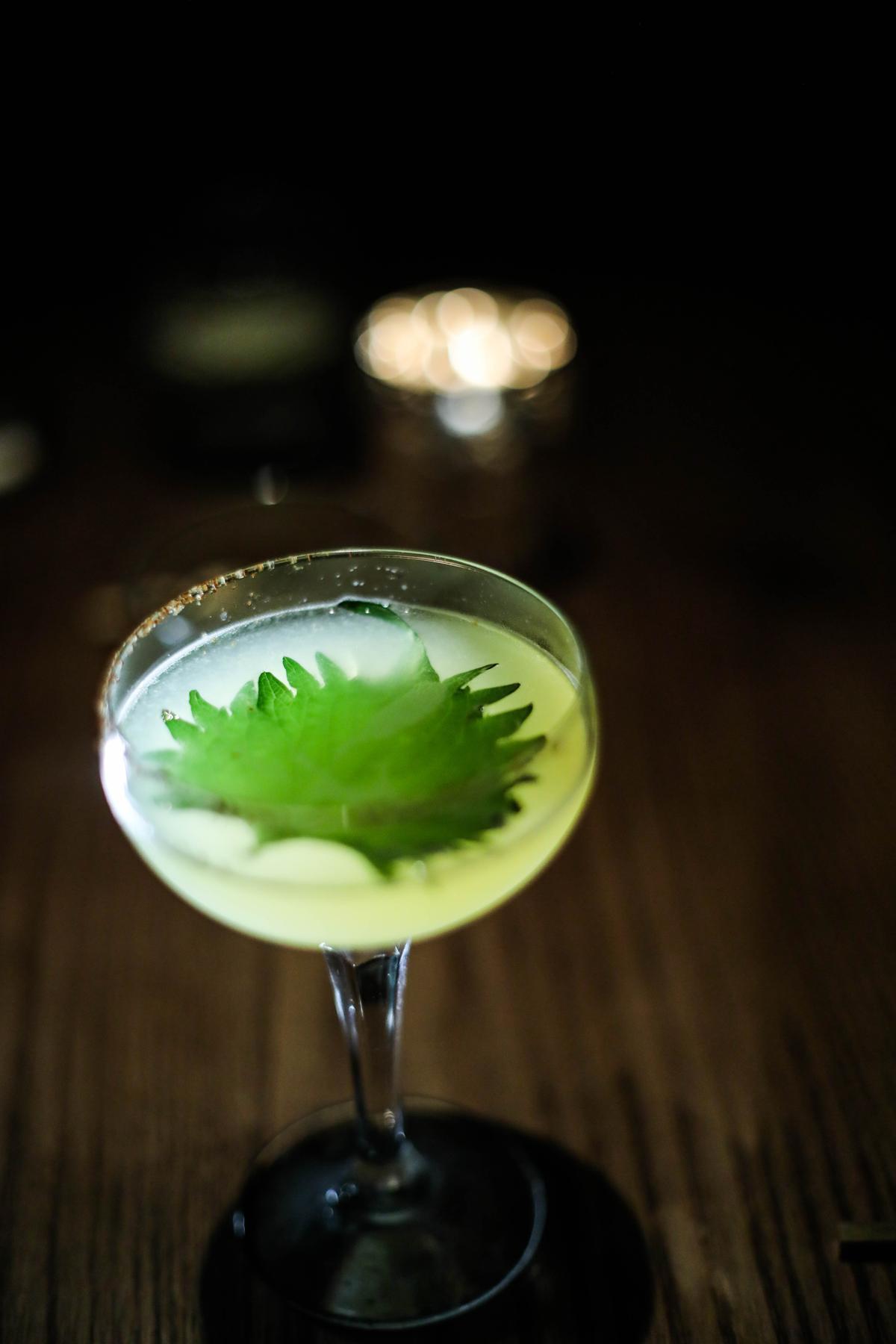 酒如其名,有著說不清、道不明的神秘清香。
