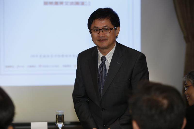和碩董事長童子賢是吳清友經營誠品成功背後的重要貴人。