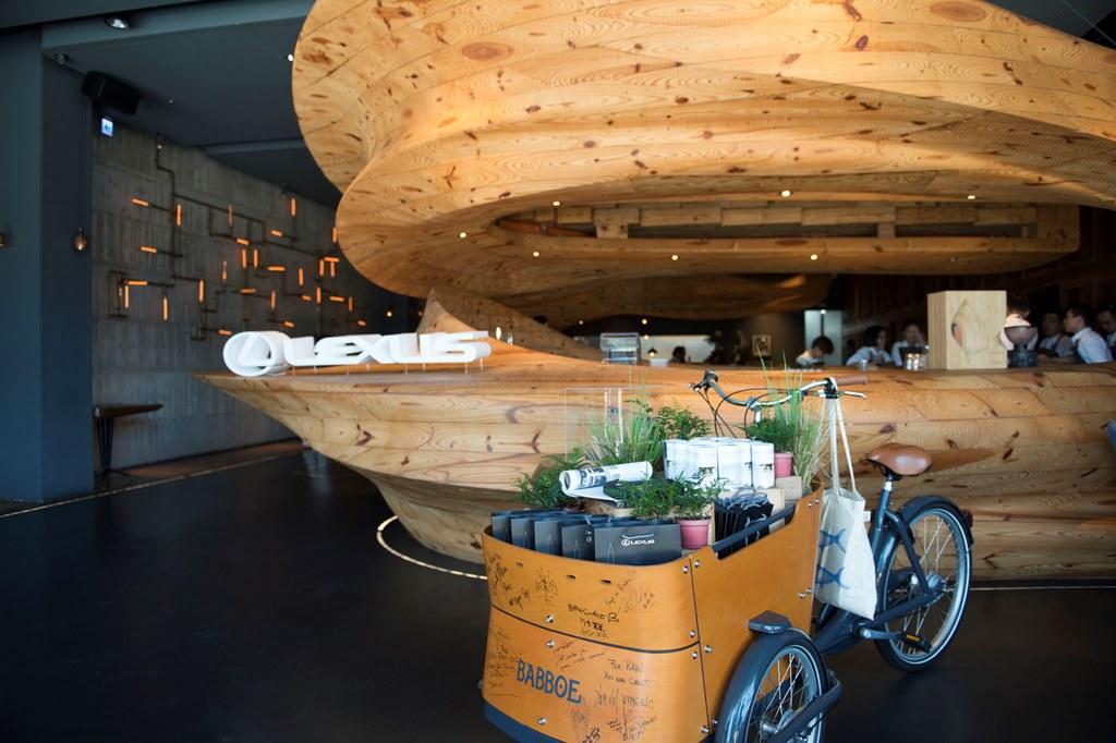 進門就能看到識別LOGO,據說為了這場餐會,品牌從半年前就開始策劃,不愧是全台最難訂的餐廳之一。