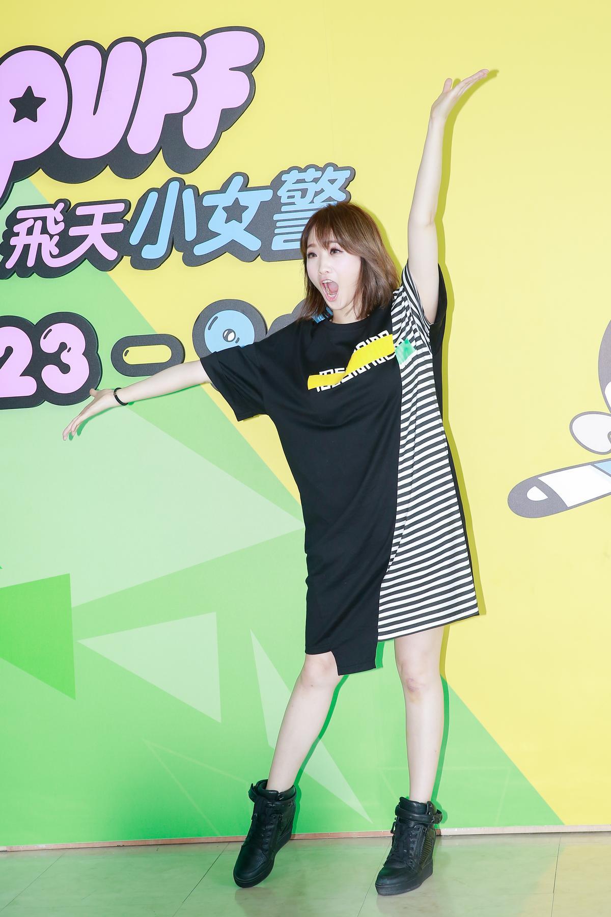 朱俐靜出席活動,透露8月底將舉行演唱會。