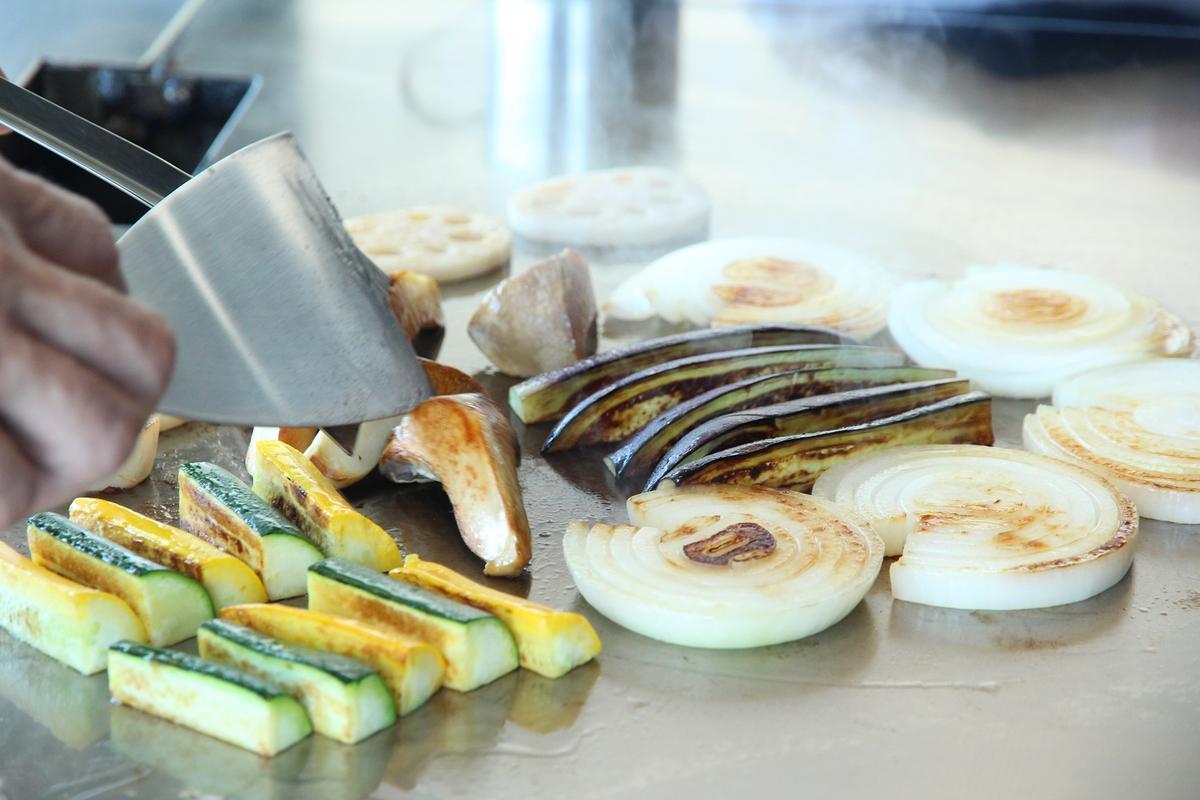 依照季節的烤蔬菜,也很精彩。