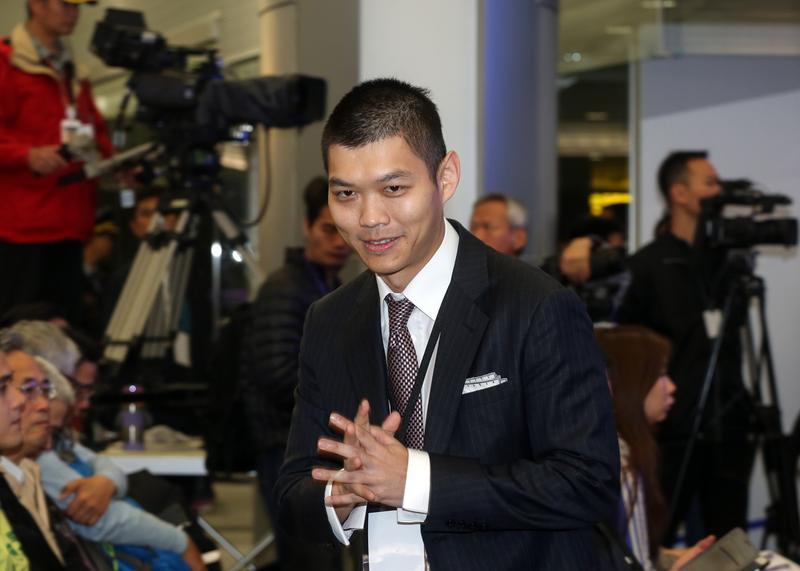 今年35歲的江建廷已可獨當一面,他發揮年輕人創意帶領昇恆昌並改造桃園機場。