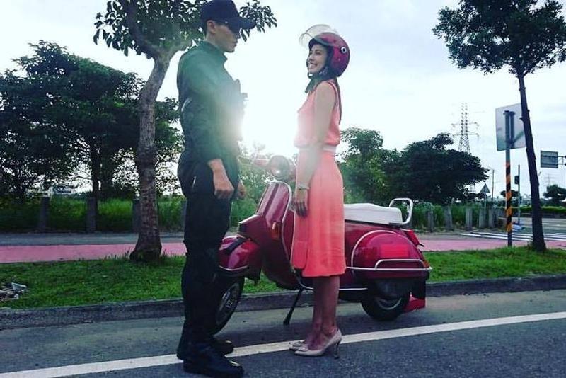 袁艾菲(右)拍攝《最好的選擇》,和劇組頻爆紛爭,心情大受影響,左為男主角陳禕倫。