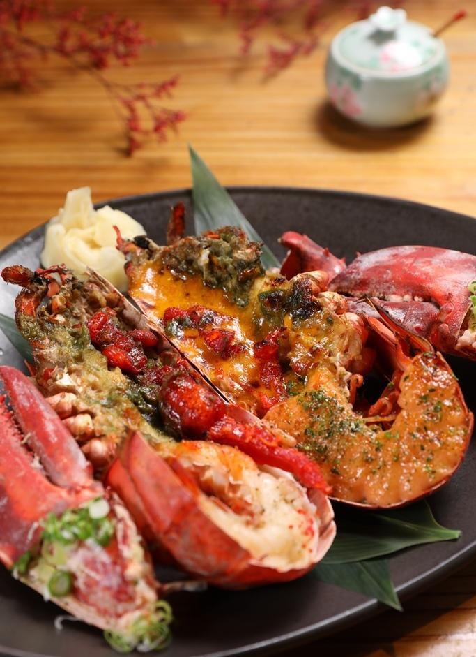 雙主菜之一的波士頓龍蝦,可選醬燒或白燒,醬燒還有蒜味奶油、明太子、海膽醬等區別。(2,000元套餐菜色)