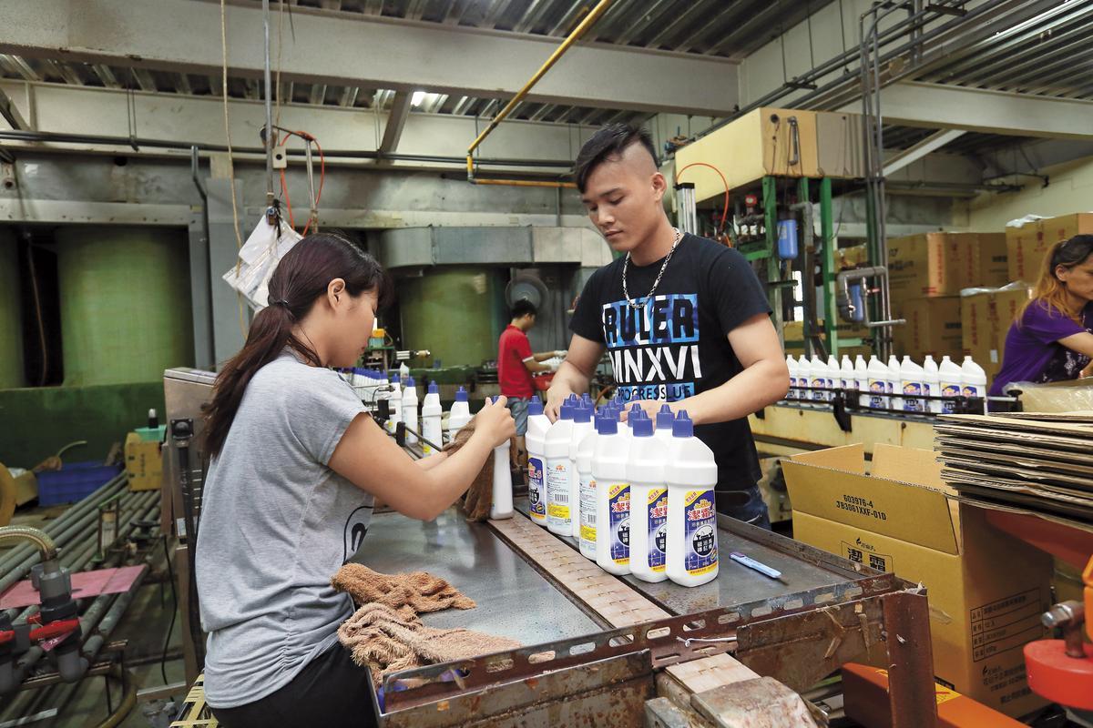花仙子將赴東南亞設廠,進軍泰國、越南、菲律賓等市場。圖為台灣鶯歌代工廠。