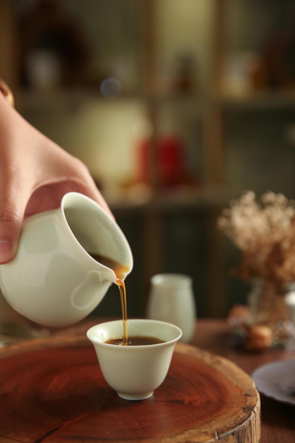呼應台灣咖啡回甘的茶味,以茶具替代了咖啡杯,要你靜心品嚐。(230元/份)