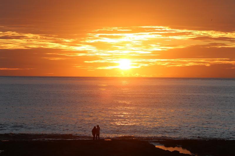 綠島又名火燒島,以碧海藍天和蓊蔚山林聞名。