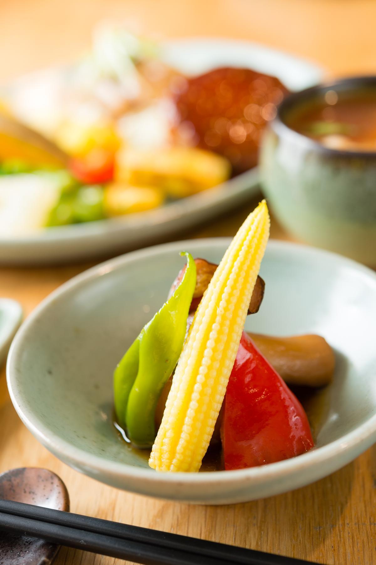 蔬菜的品項多,要呈現美味,必須分開烹煮。