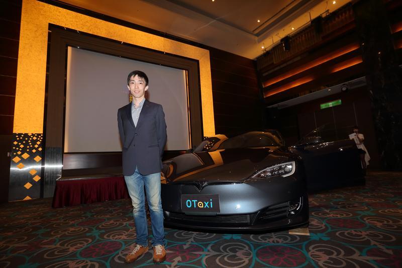 台灣第1支由特斯拉(Tesla)電動車組成的0Taxi車隊今(4)日正式亮相,創辦人王日新宣布,下週一(7)日在群眾募資網站上線。