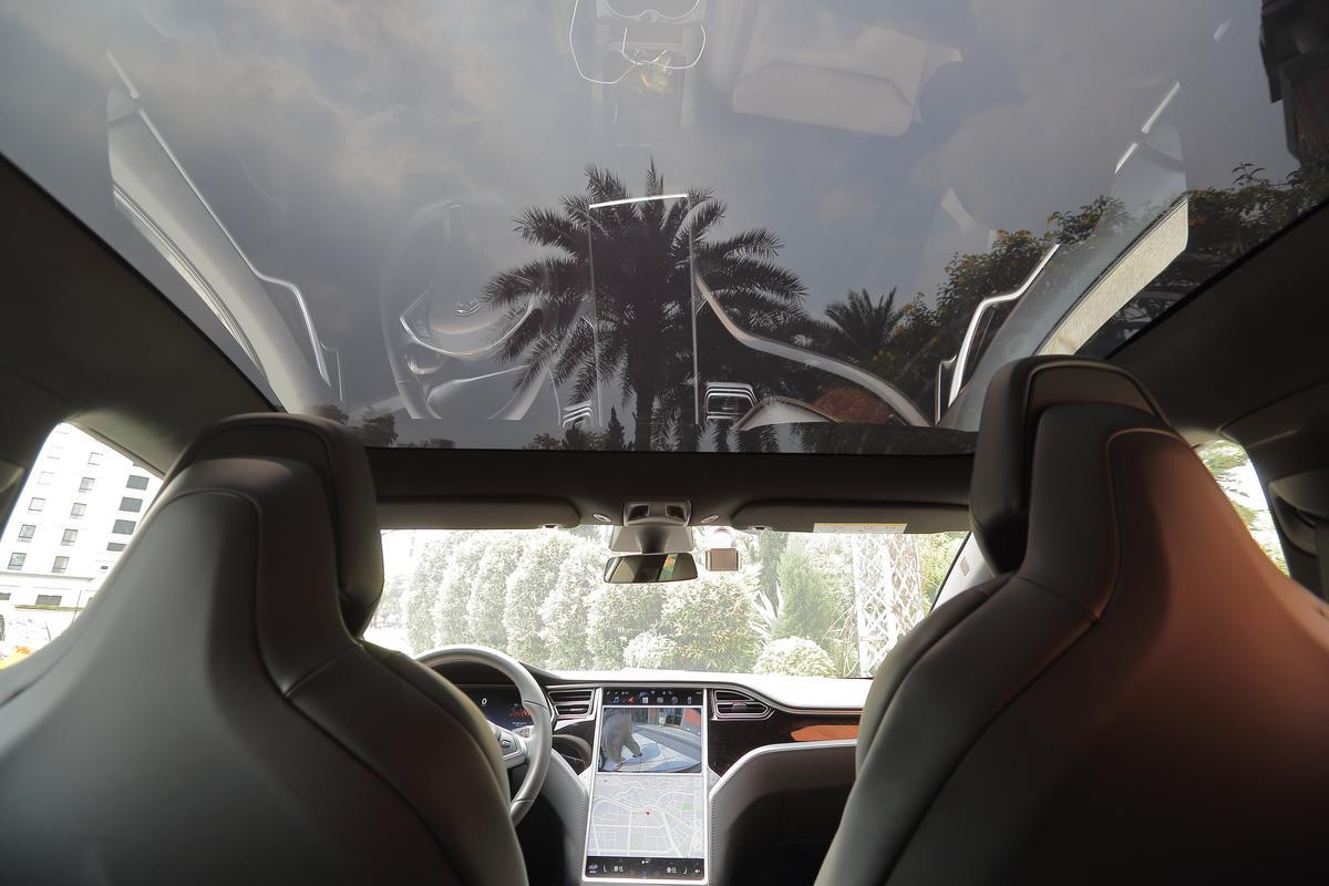Model S在台定價近台幣300萬元,瞄準高階族群搭車做環保。