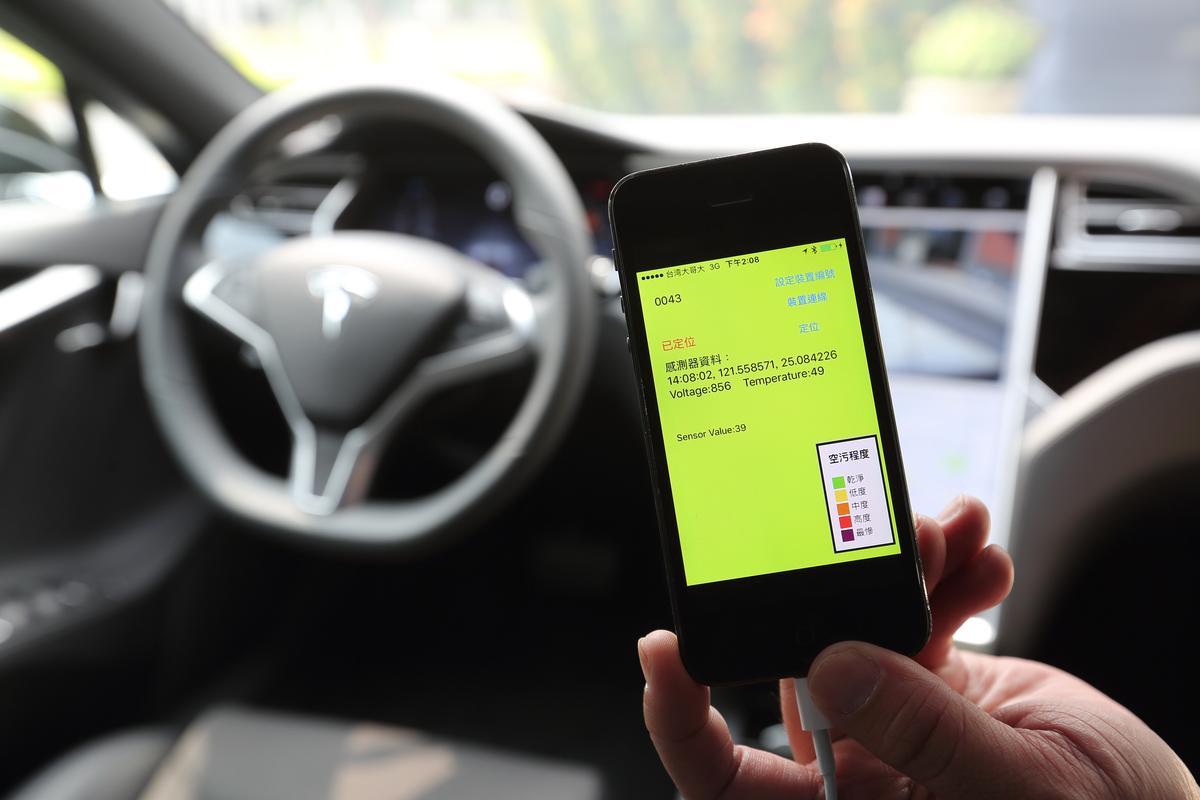 0Taxi車隊每台車都配有空氣監測器,可繪製成空氣品質地圖。