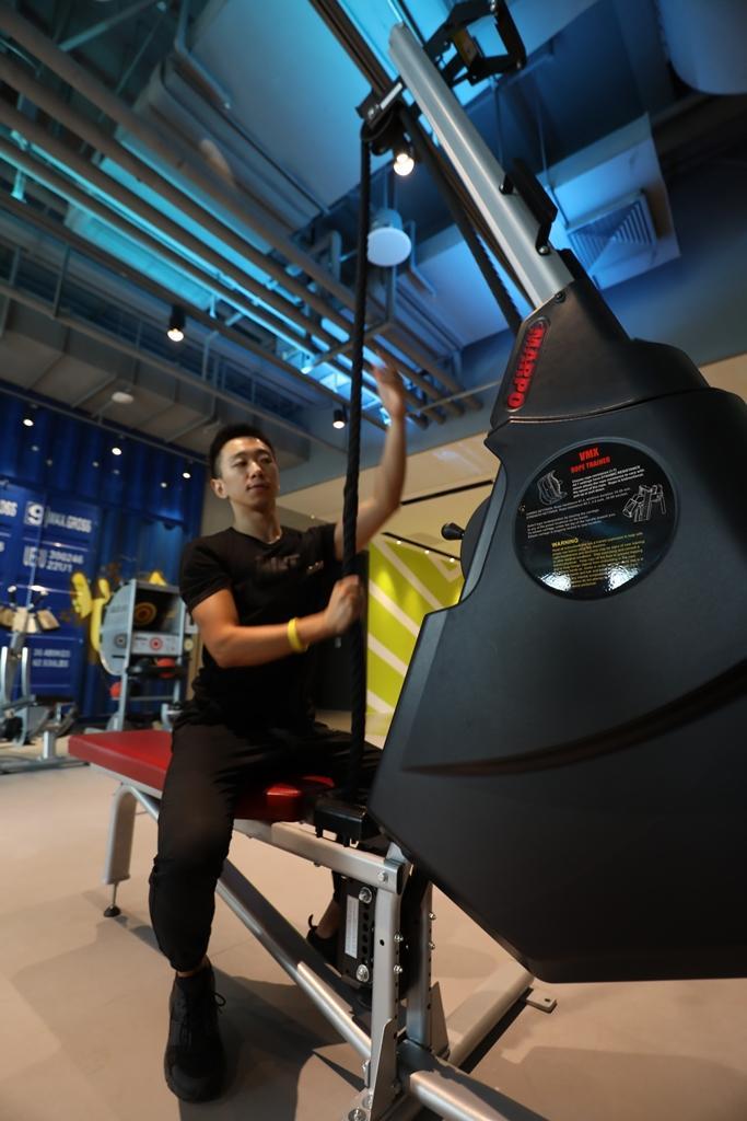 可變化各種訓練動作、鍛鍊各部位肌群的拉繩機MARPO,據說是國家級訓練中心才有的配備。